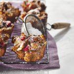Mini-poudings au pain pommes et canneberges
