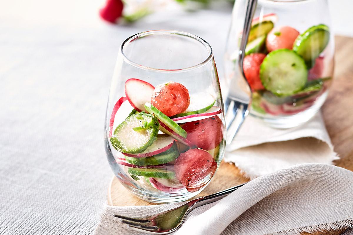 Salade de radis, concombre et melon d'eau